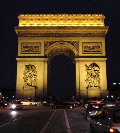 Aux bourreaux Turreau et Amey, l'Arc de Triomphe !