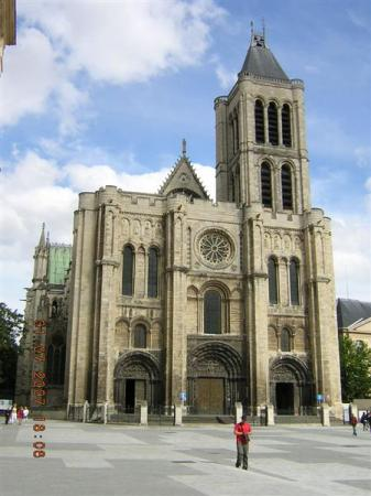 La Basilique de Saint Denis, ncropole royale....