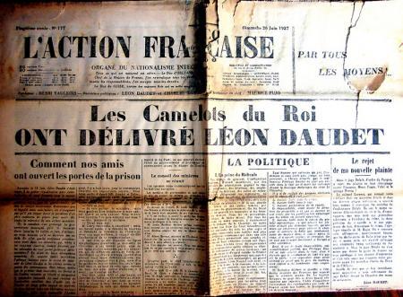 """Le canulard """"hénaurme"""" des Camelots du Roi..."""