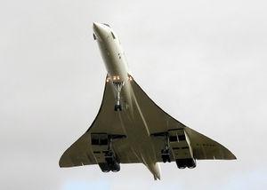 300px-Concorde_216_%28G-BOAF%29_last_flight.jpg