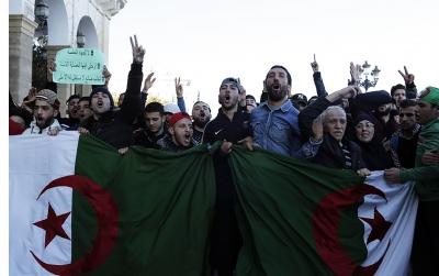 830x532_manifestation-alger-contre-5e-mandat-president-bouteflika-22-fevrier-2019.jpg
