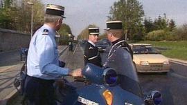 gendarmes-lors-controle-routier-2504449_224.jpg