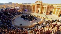 syrie-concert-d-un-orchestre-symphonique-russe-a-palmyre_V001_MMV884432_TFR.jpg