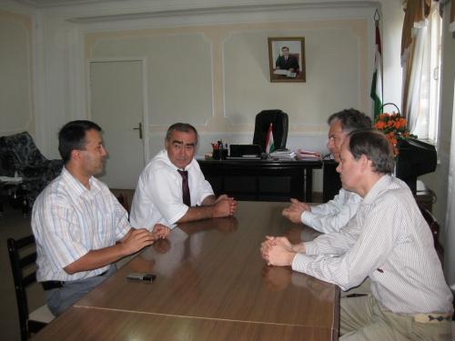 IMG_3129 Arrivée avec l'ambassadeur de France dans la province du sud Tadjikistan et rencontre avec le gouverneur .JPG