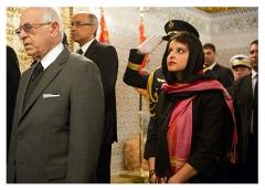 La-ministre-Najat-Vallaud-Belkacem-a-elle-aussi-brievement-porte-le-voile-au-Maroc_exact1024x768_l.jpg