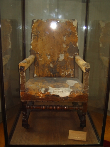 MOLIERE FAUTEUIL MALADE IMAGINAIRE.jpg