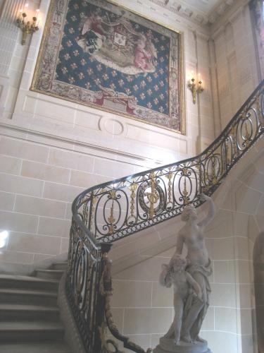 MUSEE Nissim_de_Camondo_-_entry_stairway.jpg