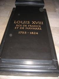 LOUIS XVIII TOMBEAU.jpg