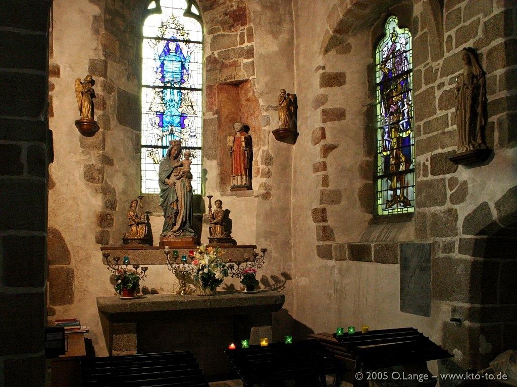 L 39 eglise paroissiale du mont saint michel lafautearousseau for Mont saint michel interieur