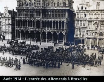 troupes_allemandes_sur_la_grd-place_partie_2_avb copie.jpg