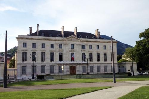 2-Grenoble_Hôtel-Rénové_170615.jpg