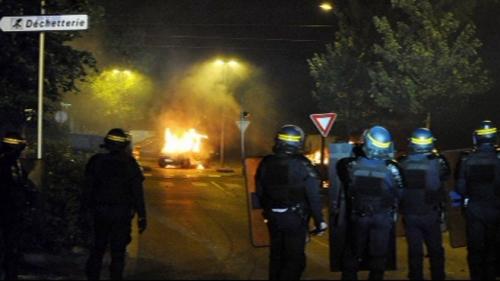 violences grenoble 17 JUILLET 2010.jpg