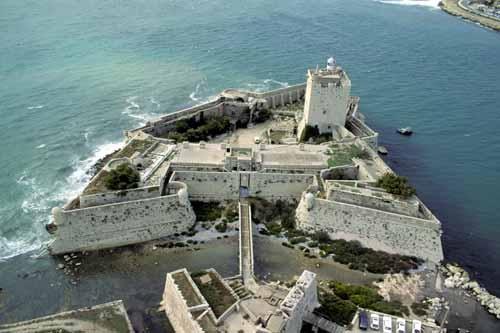 Fort-Port-de-Bouc-bouches-dXL.jpg