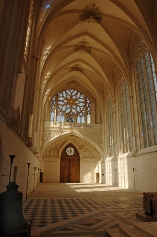 Vincennes SAINTE CHAPELLE INTERIEUR.jpg