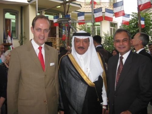 IMG_2663 Avec les ambassadeurs d'Arabie séoudite et du Pakistan.JPG