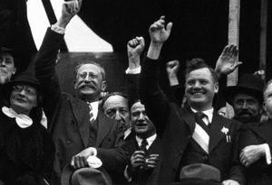 Rassemblement-populaire-14-juillet-1936.jpg