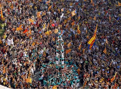 Marcha-festiva-independencia-Cataluna.jpg