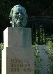 Daumier_buste_Marseille.jpg