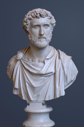 Antoninus_Pius_Glyptothek_Munich_337.jpg