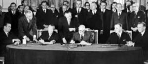 Signature-du-traité-franco-allemand-600x237.jpg