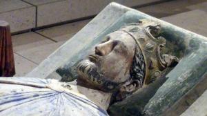 1280px-Church_of_Fontevraud_Abbey_Richard_I_effigy.jpg