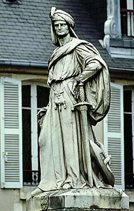 JACQUES COEUR STATUE BOURGES.jpg