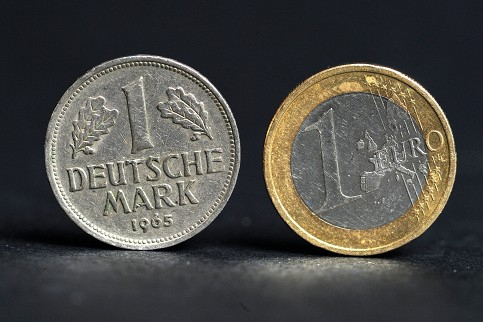 euro mark.jpg