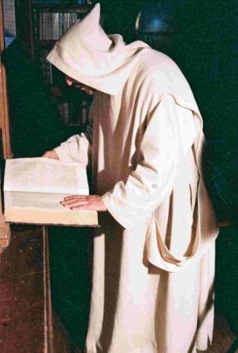 monastere biblioitheque.jpg