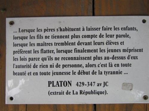 Platon RENTREE SCOLAIRE.jpg