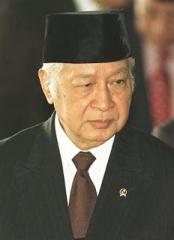 suharto_indonesian president.jpg