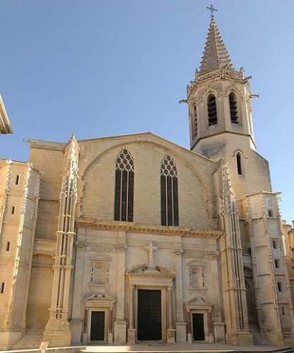 CARPENTRAS SAINT SIFFREIN.jpg