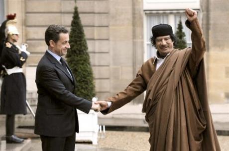 libye sarkozy-khadafi.jpg