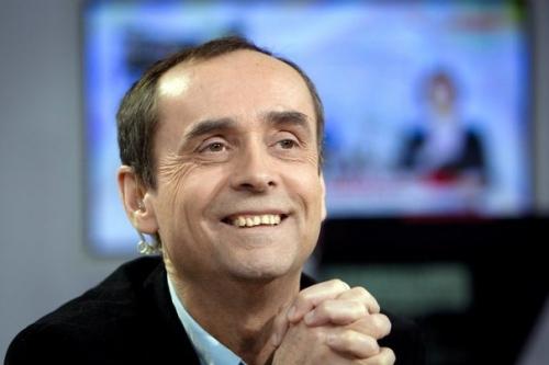 86273_l-ancien-patron-de-reporters-sans-frontieres-et-journaliste-robert-menard-sur-le-plateau-d-i-tele-le-31-janvier-2011.jpg