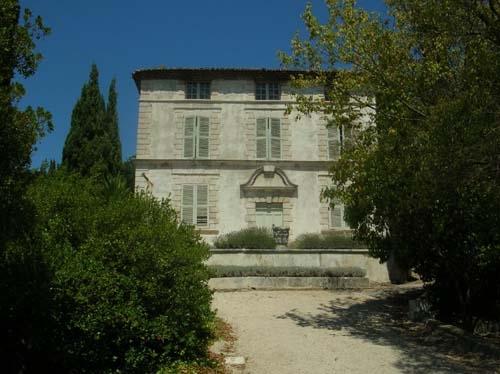 Aujourd 39 hui dimanche visite chez charles maurras dans for Bastide au jardin secret