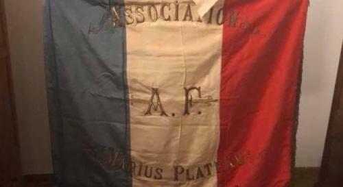 drapeau plateau.jpg