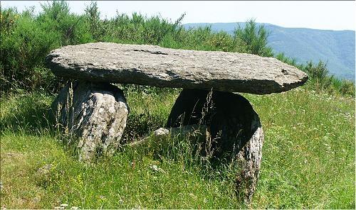 dolmen de la gante.jpg